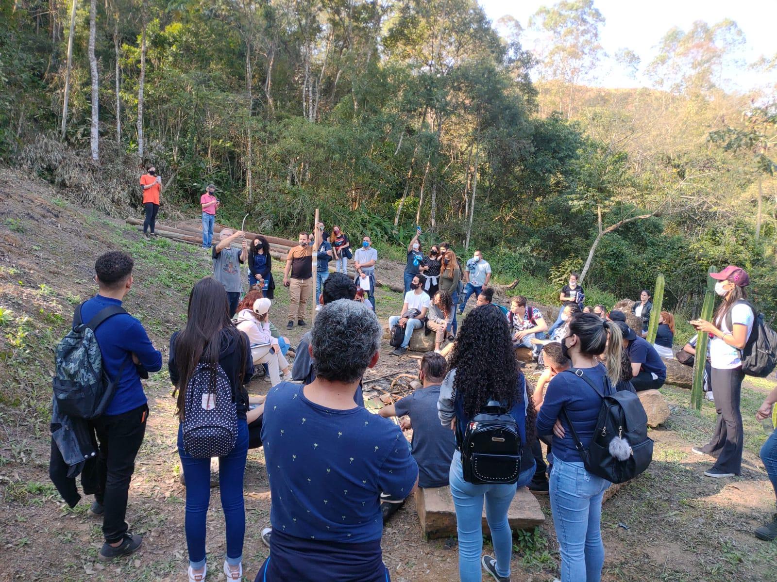 Visita técnica a Santa Isabel: o projeto habitacional do módulo Edificação, Habitação e Plástica.